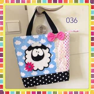 Tas tote sheep 036