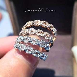 自家緬甸玉石珠寶完美追求者之選 。 價格: $3,800HKD 玉石: 0.17ct  鑲嵌: 18k 限量發售訂購需時一星期
