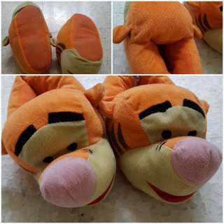 Tigger bedroom slippers