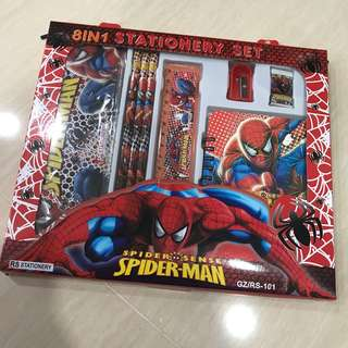 SpiderMan - 8 in 1 Stationary Set