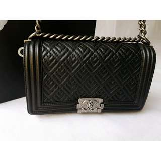 Chanel boy old medium black bag