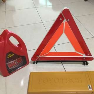 Warning triangle sign,   Pink coolant for Toyota