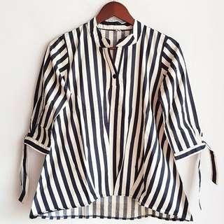 Color Stripe handtied top