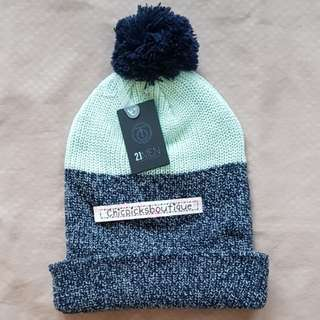 Authentic Forever 21 bluegreen with navy blue bonnet with tussle from JAPAN
