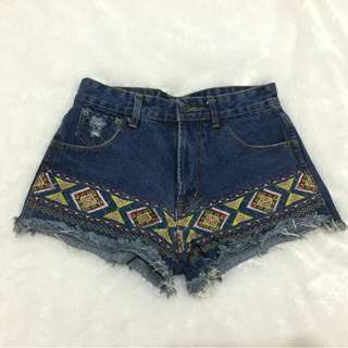 Hot Pants Jeans Etnik Bordir Size M
