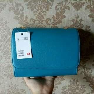 HnM Clutch Blue