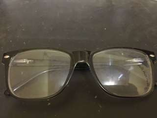 Kacamata Gaya #FISIPUNIS