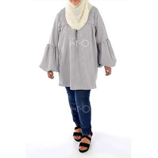 Zaida Oversized Top in Light Grey Stripes