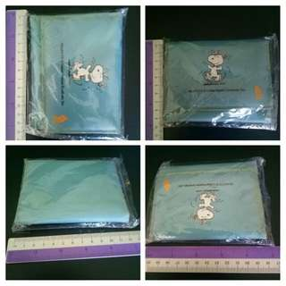 SIA Snoopy kid's wallet
