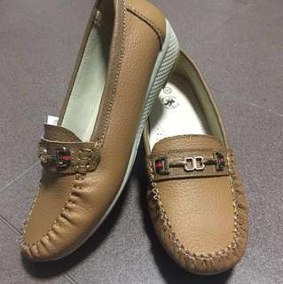 <BRAND NEW> Classic Loafer Shoes
