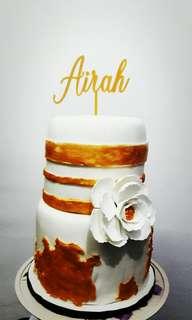 Elegant Travellers Cake