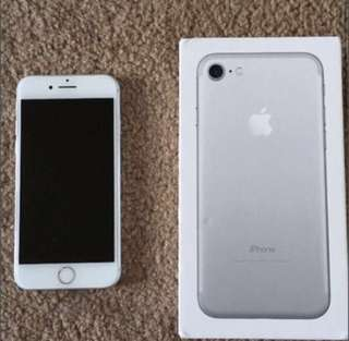 iPhone 7 Silver 128 GB