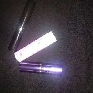 Bundle of lipstick
