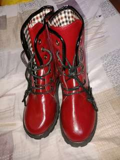 Dr. Martens inspired boots size 6