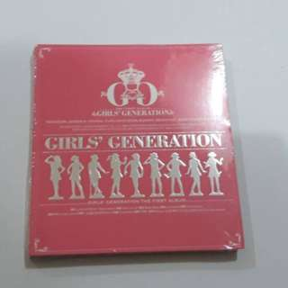 ON HAND SEALED SNSD 1st Full Album - GIRLS GENERATION