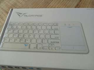 2.4G wireless keyboard for Smart TV and computers