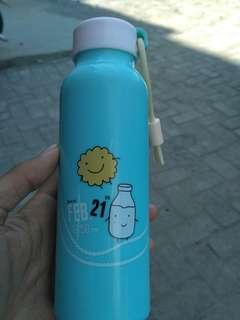 Botol minuman #FISIPUNIS