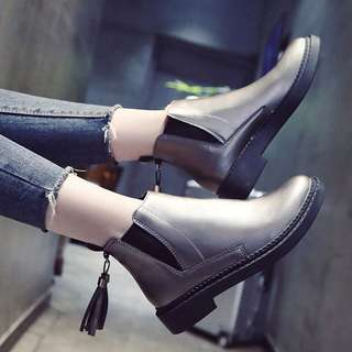 Ladies Korean Style Slip On Ankle Cut Boots