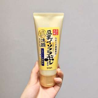 SANA Gold Soy Milk Cleansing Wash Foam