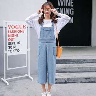 Denim Blue Coloured Bib With Pockets Designed Overall Jumpsuit