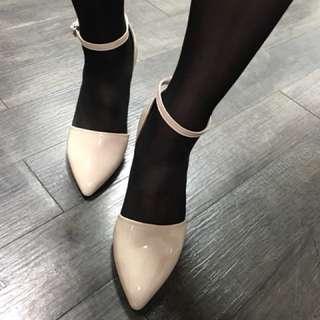 🚚 裸色。女鞋。淑女鞋。高跟鞋。九成新。