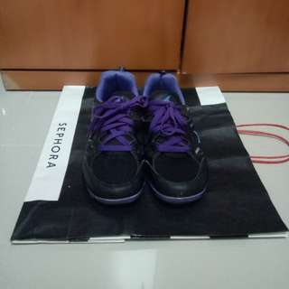 Great Deal Ladies Sport Shoes