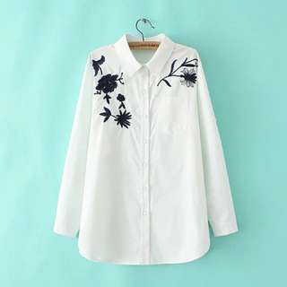 Plus Size Embroidered blouse