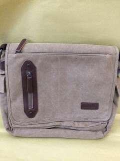 mugu leather