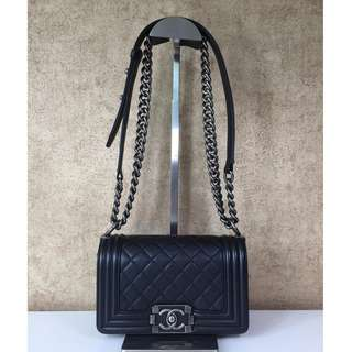 CHANEL A67085 BOY SMALL SHOULDER BAG
