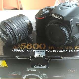 D5600 + 18-55mm