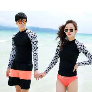 Couple Geometric Rashguard 2 Piece Long Sleeve Swim Wear