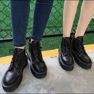 黑色馬丁靴24/38
