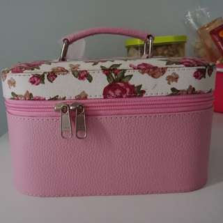 Tas makeup / makeup bag /makeup box
