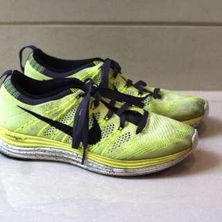 *PRELOVED* Nike Flyknit One Lunarlon in Stabillo