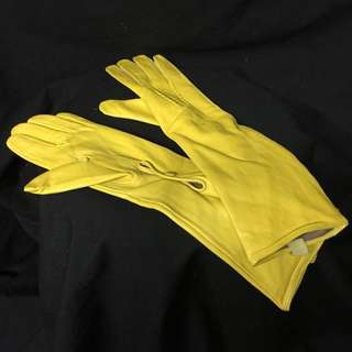 YELLOW LEATHER GLOVES(RENTAL)