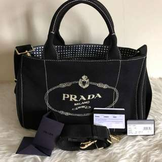 prada canapa medium
