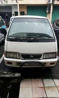 Nissan vanette ( 70% condition)