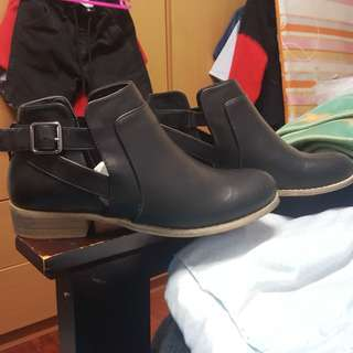 Oliver Black Boots - New Look