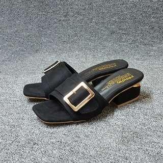 🚚 韓系方頭扣環切跟小高度拖鞋(米黑兩色)
