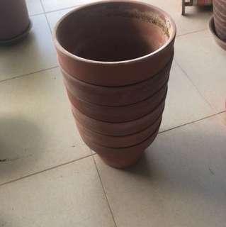 Small Claypots