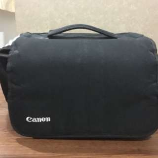 Canon original sling bag