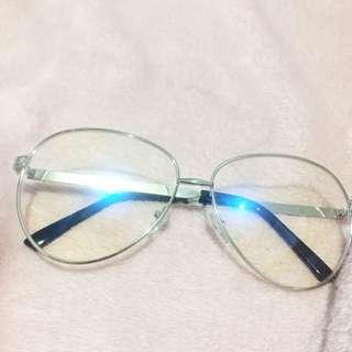 Specs (oversized)