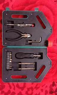 Castrol magnetic tool