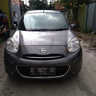 Nissan March mt 2012 grey keren