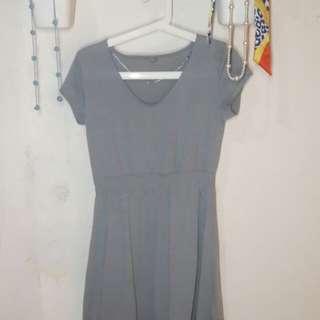 D 004 - Uniqlo Dress