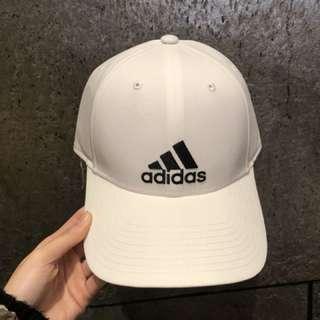 adidas 經典老帽