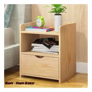 Bedside Table-01-Maple