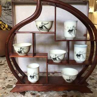 Tea cups display set