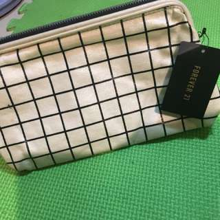 Women's Forever 21 Pouch