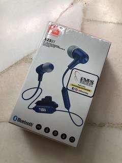 Brand New Wireless In-Ear Headphone E25BT / Bluetooth Earphone
